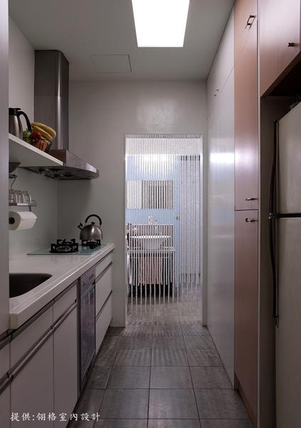 廚房、開放式洗手檯