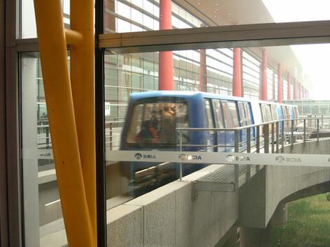 北京機場內接駁電車