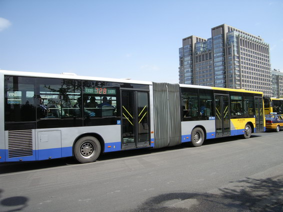 Bus-01.JPG