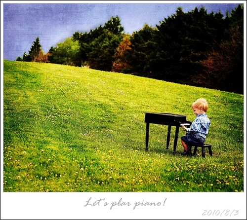 (036)03AUG10_piano.jpg