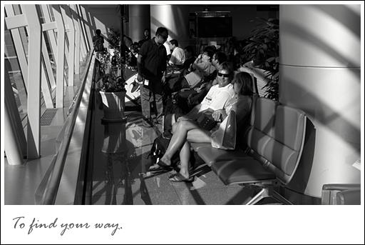 (137)01JUNE10_airport_VT.jpg