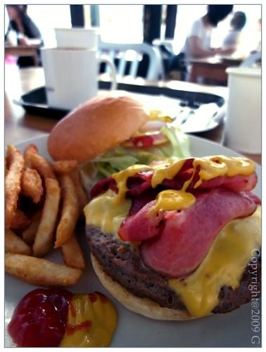 (176)07JUNE09_hamburger_R0015300.jpg