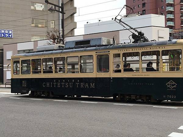 T-0409-富山電車 (5).JPG