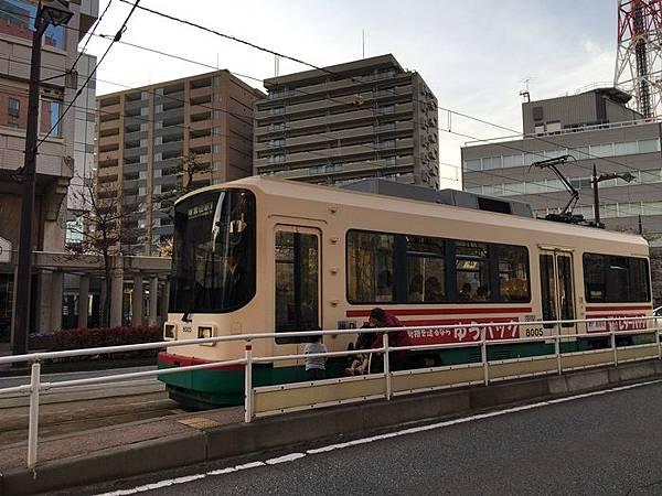 T-0409-富山電車 (8).JPG