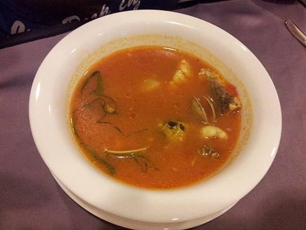 番茄綜合海鮮湯