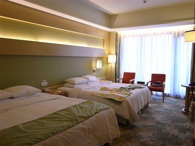 義大皇冠飯店 (1).JPG