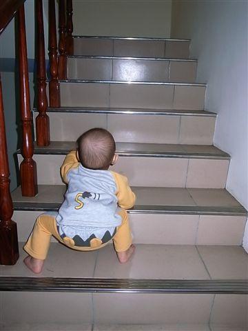 [12M]爬樓梯3.JPG