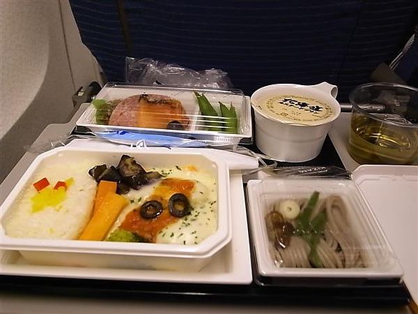 ANA飛機餐2.JPG