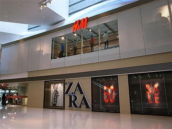 圓方H&M與ZARA.JPG