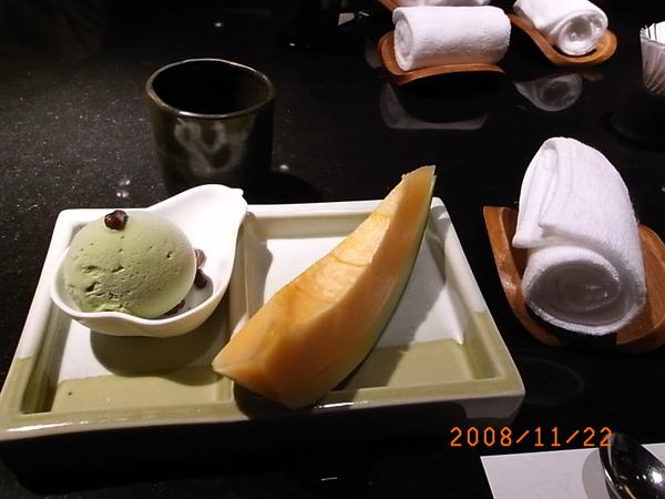 三井套餐甜點.JPG