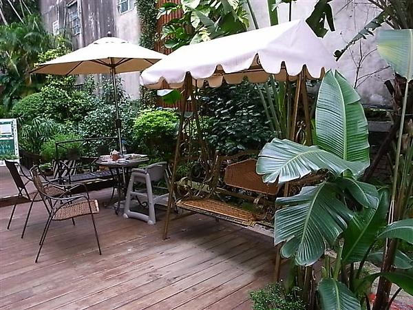 綠芳園戶外吊椅.JPG