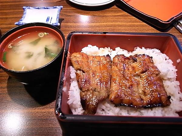 魚心鰻魚飯.JPG