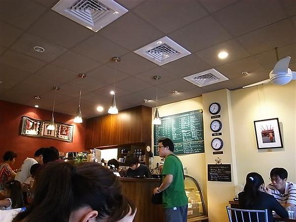 鍋子咖啡店內.JPG
