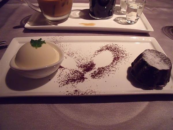 王品甜點1.JPG