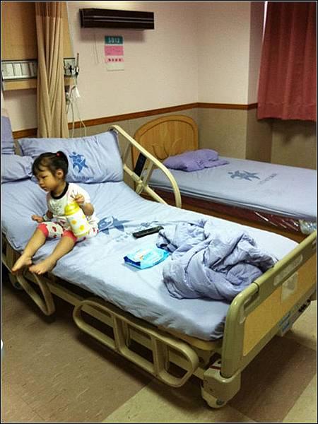 0823 腸病毒出院 住院4天