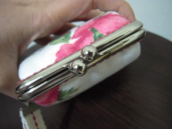 8公分ㄇ型玫瑰口金包 008.jpg