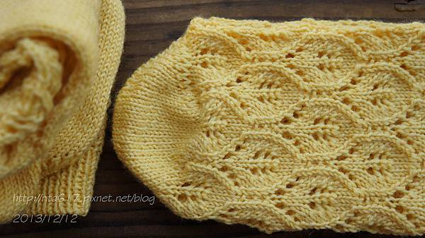 小鴨嫩黃手織襪-4