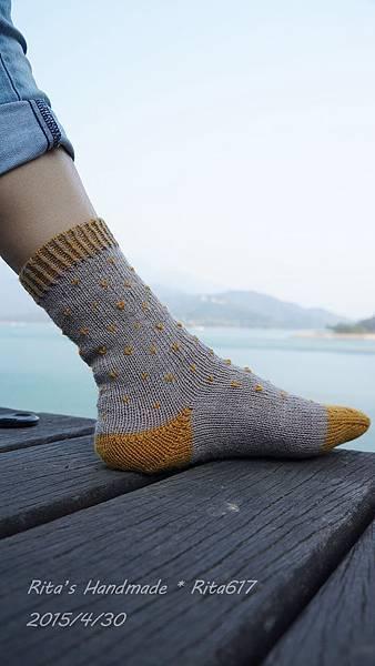 點點心手織襪-3.jpg