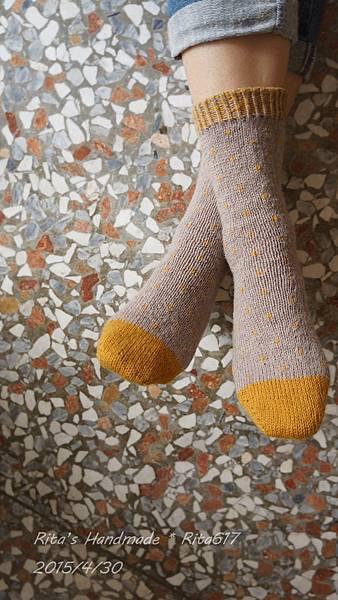 點點心手織襪-5.jpg