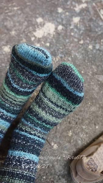 寶石手織襪-波浪-3.JPG
