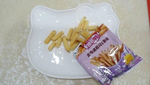 卡迪那95℃北海道起司風味薯條、檸檬烤雞風味薯條(8).jpg