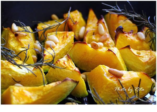 烤南瓜‧迷迭香和松子 P108