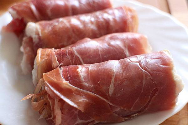 烤豬肉捲果乾