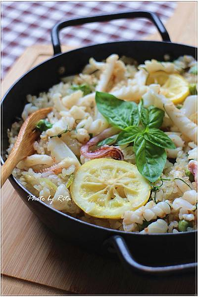 檸檬鮮魷西班牙米飯