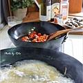 臉紅紅的蛤蠣義大利麵