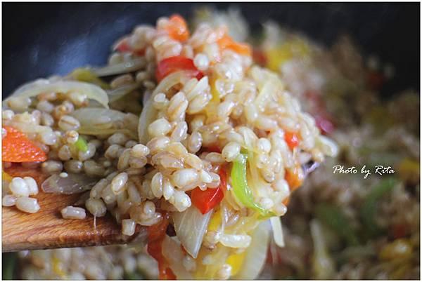 彩椒燉小麥