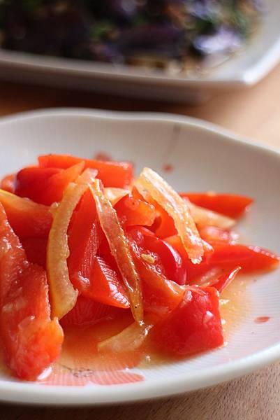 鹽醃檸檬拌甜椒