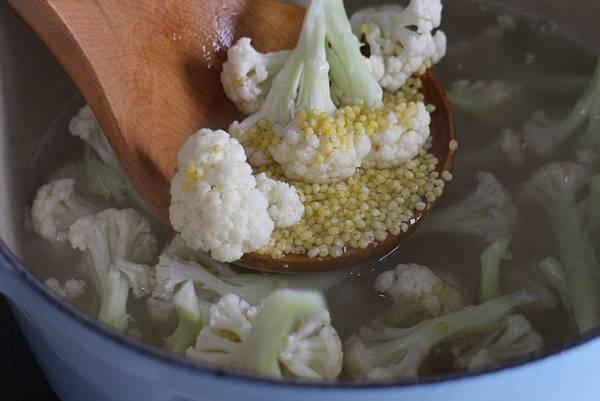 小米花椰菜泥