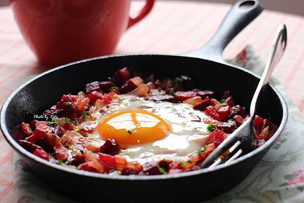 甜菜根煎蛋