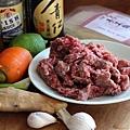 香酥牛肉配麵線