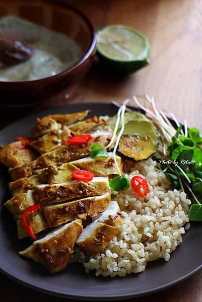 孟買烤雞、糙米飯與綠蔬