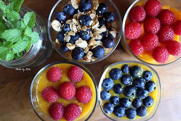 繽紛水果盅與時尚奇亞籽堅果奶