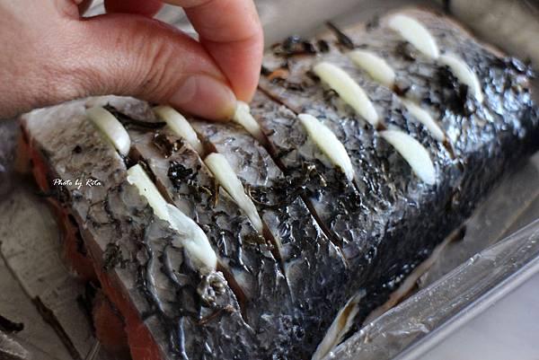烤綠茶鮭魚配薑飯與陽光沙拉