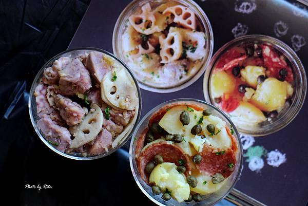 義式鯷魚小芋頭沙拉、臘腸馬鈴薯沙拉