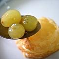千層酥與櫻桃白蘭地漬葡萄