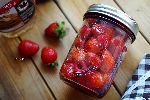 楓糖漿漬莓果
