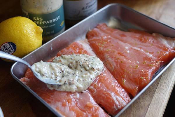 烤鮭魚佐甘藍和馬鈴薯