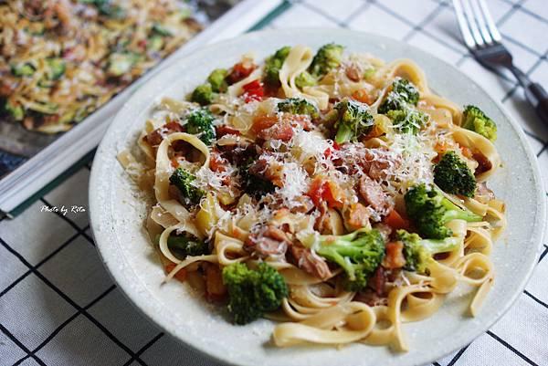 香腸義大利麵