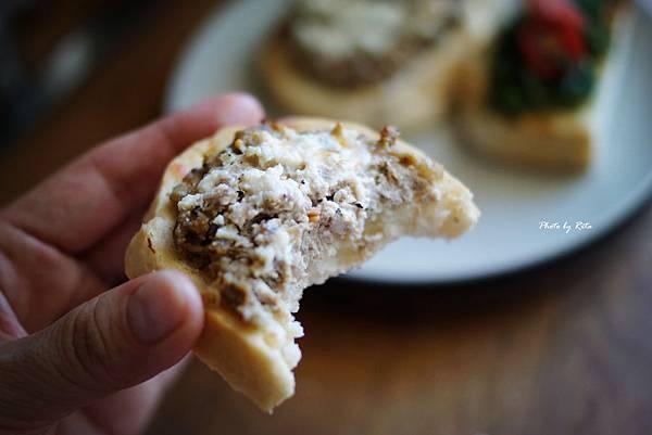 香腸肉末鮮乳酪烤丁尼