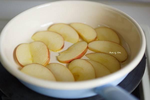 烤蘋果片麵包