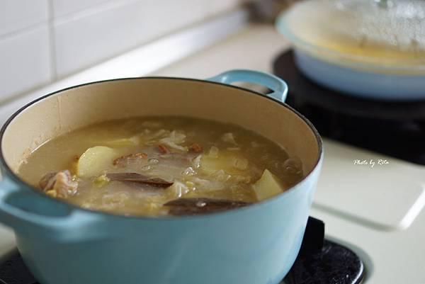 酸白菜豬肉湯