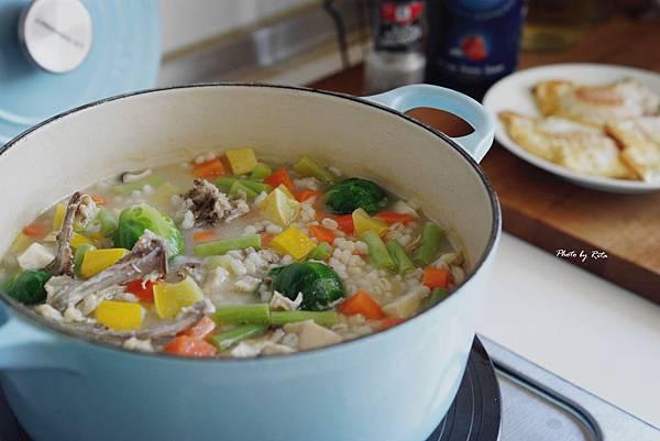 快樂豐盛的蘇格蘭肉湯