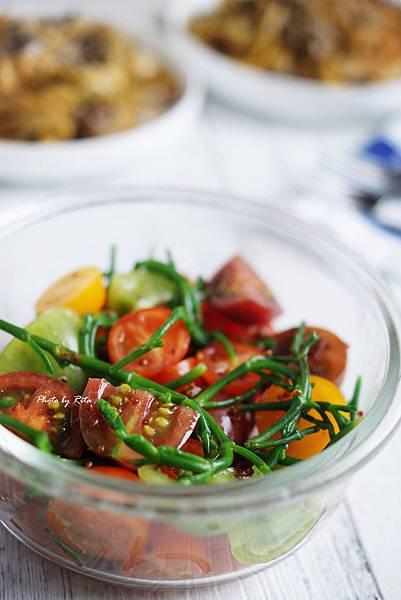 番茄、海蓬子與藜麥沙拉