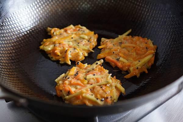 南瓜地瓜紅蘿蔔薯餅