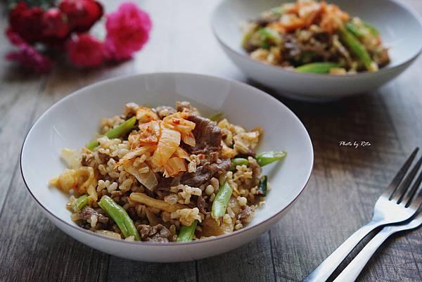 牛肉泡菜飯