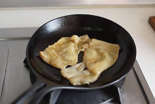 黏手指海鮮醬烤雞